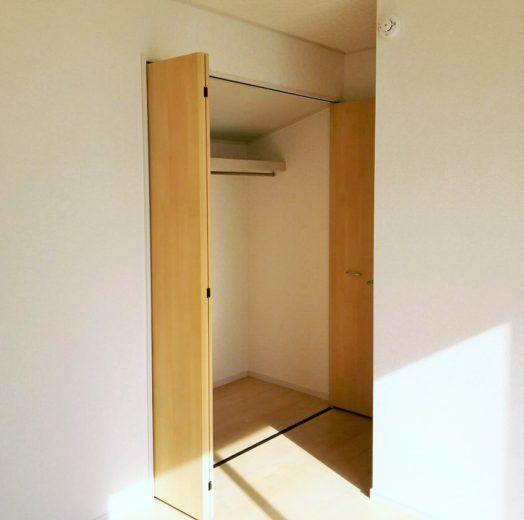 6.6帖洋室クローゼット(子供部屋)