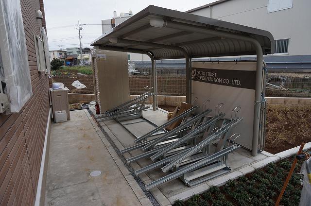 雨の日も安心の屋根付き駐輪場